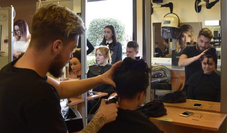 Salon de coiffure pour les apprenants Coiffure du CFA Les 13 Vents-EIMCL